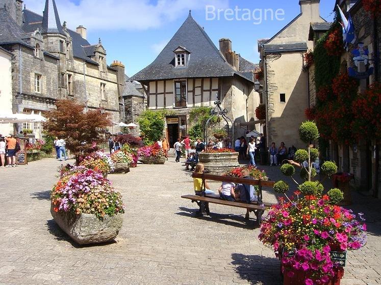 kuenstlerstadt, am Fluss Ruisseau de l´ Enfer in der südlichen Bretagne